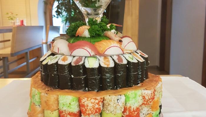 Sushi-Torte